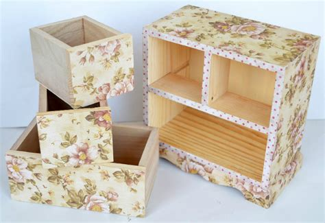 Decoupage Steps - decoupage indusladies