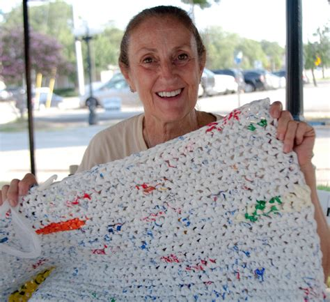Homeless Mats Plastic Bags by Sleeping Mats For The Homeless Crocheted From Plastic Bags