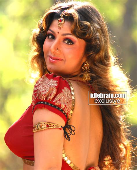 indian film actress hot picture lovable rambha spicy navel show
