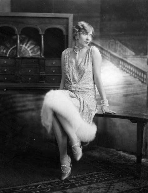 1920s flappers pictures 1920s fashion how to add a little flapper style to your
