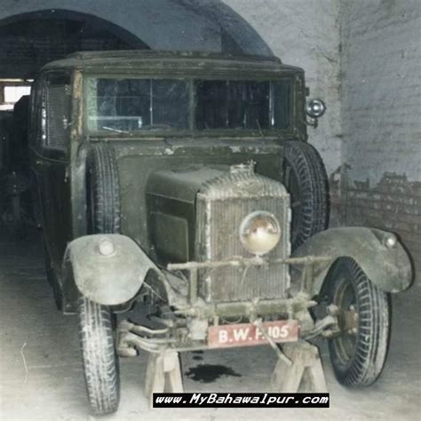 Pictures Of Historical Cars Used By The Nawabs Of Bahawalpur