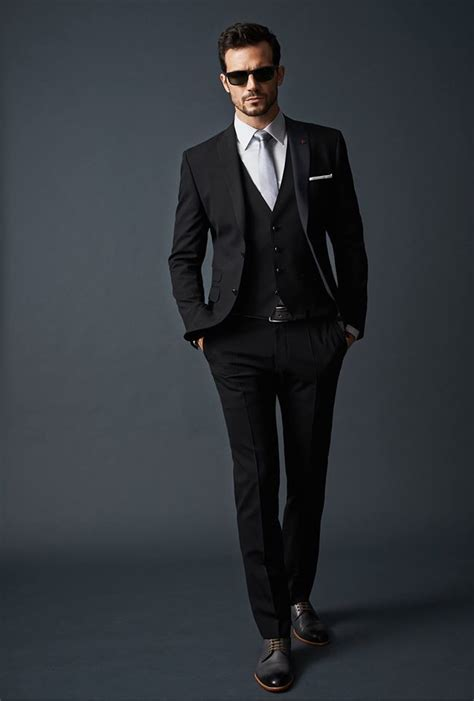 black suit the 25 best ideas about black suit on