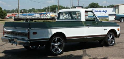 buy   chevrolet  custom deluxe lwb nice truck