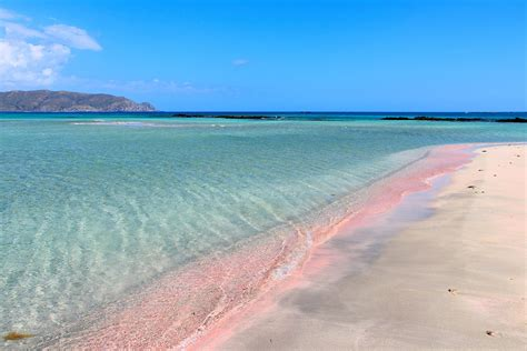 beaches with pink sand
