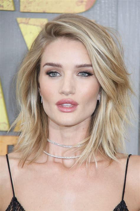 best hair lobs of 2015 best celebrity hairstyles bobs and lobs to gush over