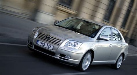 Toyota Avensis Toyota Avensis T25 Hatchback 2003 2006 Reviews