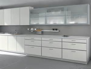 Modern Glass Kitchen Cabinets by Modern White Kitchen Cabinets 57 Alno Com Kitchen
