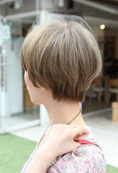 short gray hairstyles with wedge in back 1000 ideas about short wedge haircut on pinterest wedge