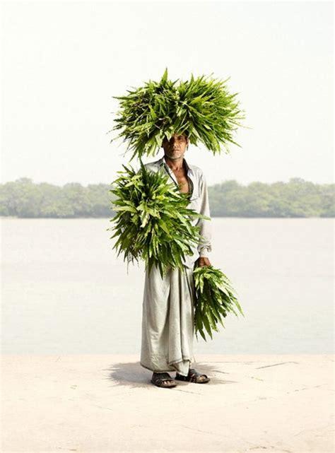 fiori per uomini india uomini vendono fiori mercato di