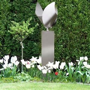 windspiele aus edelstahl für den garten windspiel tulpe