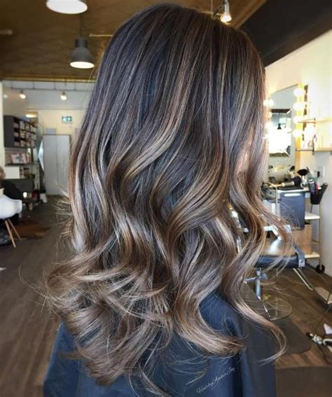 ash brown hair with pale blonde highlights 40 ash blonde hair looks you ll swoon over