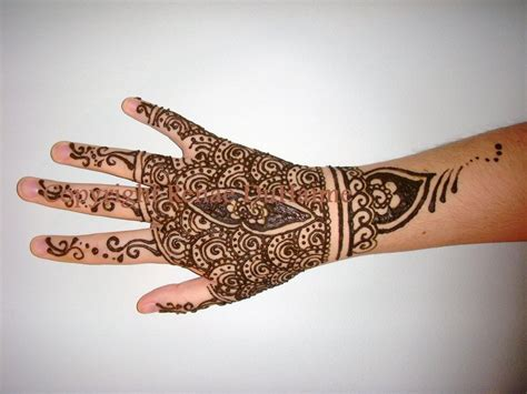 detailed wrist tattoos detailed wrist henna by renduh henna on deviantart
