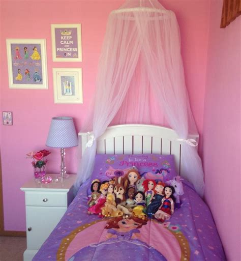 princess decorations for bedrooms sofia the first and disney princess girl bedroom ideas
