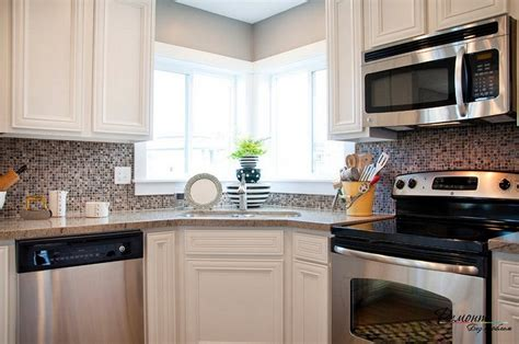 Good Kitchen Design Layouts Corner Sink Kitchen With Attractive Layout To Tweak Your