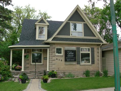 picture of a house heritage houses three bricks in portage la prairie