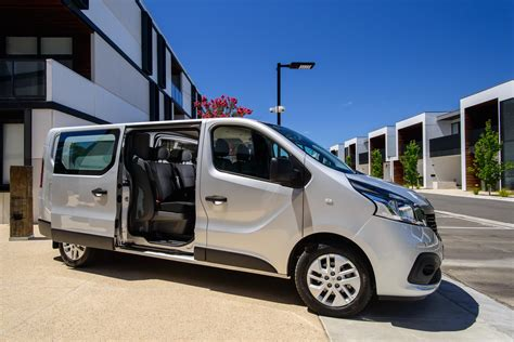 renault trafic crew review  caradvice