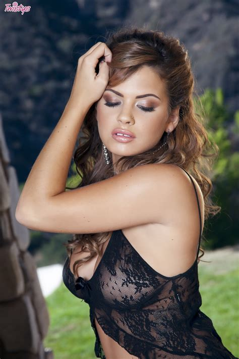 keisha grey wallpapers images photos pictures backgrounds