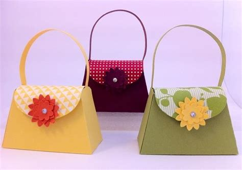 Paper Crafts - you to see mini paper purses on craftsy