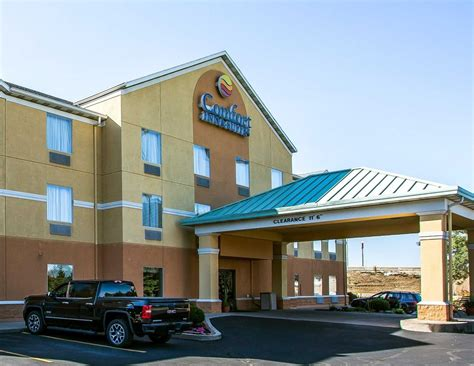 Comfort Inn Suites In Dayton Oh 937 836 9
