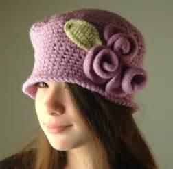 crochet flowers for hats 03 crochet baby dresses