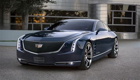 rendered   cadillac flagship sedan