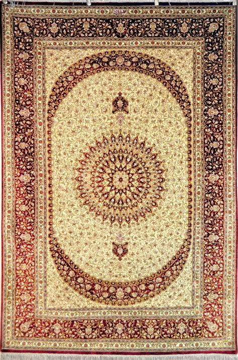tappeti rugs 80 best images about tappeti persiani qum on carpets wool and tree of