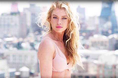 victorias secret model with bob haircutjnnnamnaasmtgyiuop stella maxwell more lip sync justin bieber s new song watch