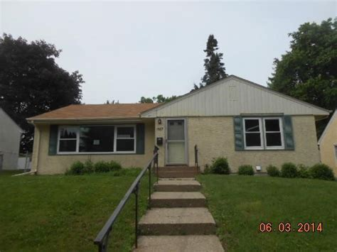 1567 arlington ave e paul mn 55106 foreclosed home