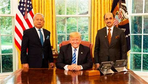 donald trump malaysia trump meets malaysian envoy nsc chief in white house