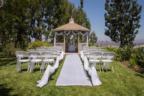 Wedding Aisle Runner Stakes by How To Secure A Wedding Aisle Runner On The Grass For An