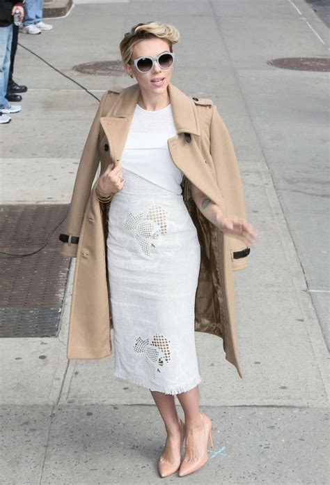 wp images scarlett johansson post 17 scarlett johansson arriving at the late show with david