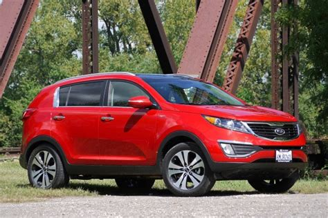 Consumer Reports Kia Sportage Kia Sportage Tops Small Cuvs In Consumer Reports Test