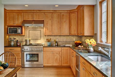 maple cabinet kitchen ideas kitchen paint colors with maple cabinets kitchen paint