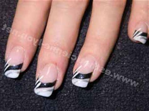 Ongle Deco Blanc by Deco D Ongle Noir Et Blanc Deco Ongle Fr