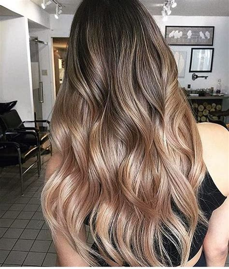 partial highlight pattern curly hair 17 best ideas about wavy layers on pinterest balayage