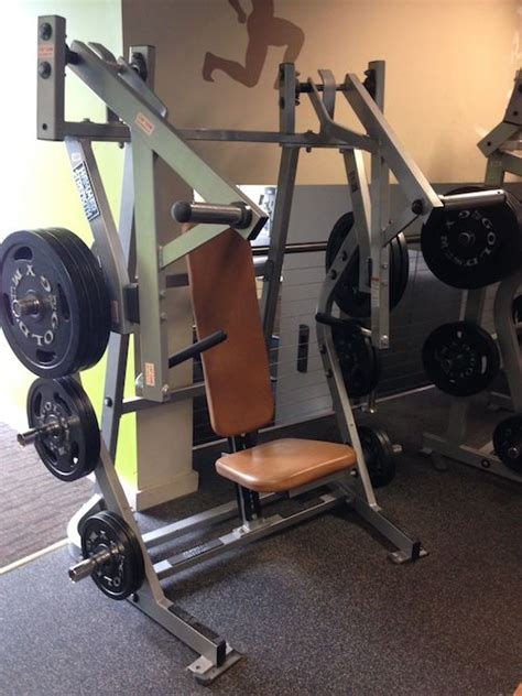 hammer strenght bench press hammer strength iso lateral bench press plate loaded
