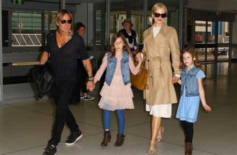keith urban cancels gig after wife nicole kidman ten who struggled with infertility ccrm