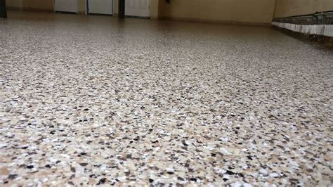 how to paint garage floor with flakes