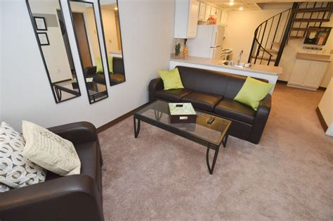 one bedroom apartments east lansing the oaks apartments rentals east lansing mi