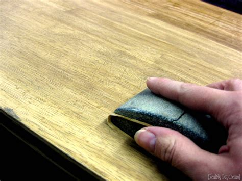 painting a laminate desk difference between laminate wood veneer how to paint