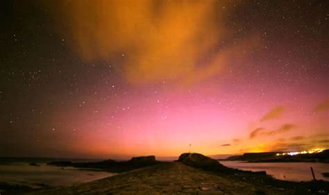 how far north to see northern lights how and where to see the stunning northern lights due over