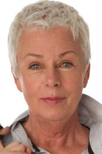 hair cuts for age 39 29 best make up over 50 images on pinterest hairstyle