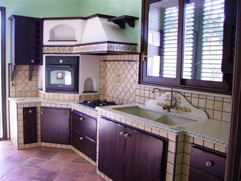 piastrelle cucina in muratura cucine in muratura rustiche e moderne idee e suggerimenti
