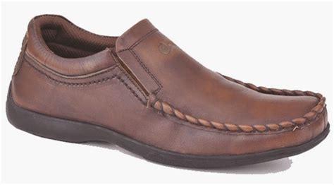 Koleksi Dan Sepatu Bata koleksi sepatu casual trendy serta modern terbaru anak