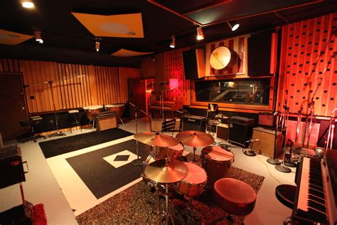 the cutting room studios new school media a media production house located in tn
