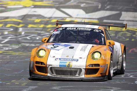 How Did Porsche Start Porsche S Magnificent Triumph At The Nordschleife 24 Hour