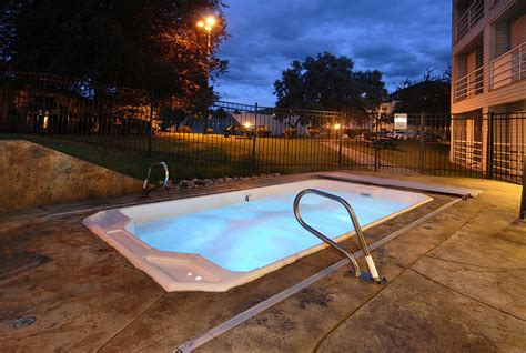 outdoor hot tub outdoor jacuzzi at night home decorating ideas