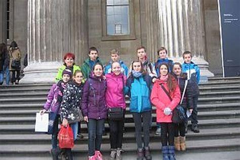 misia v londyne netradičn 233 vyučovanie absolvovali priamo v lond 253 ne