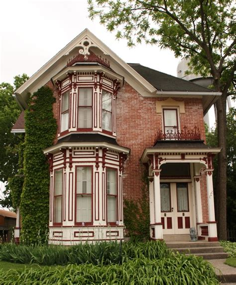 small victorian homes small historic houses photos