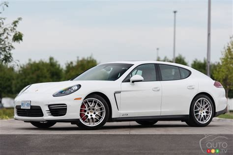 porsche panamera gts 2015 2015 porsche panamera gts review car reviews auto123